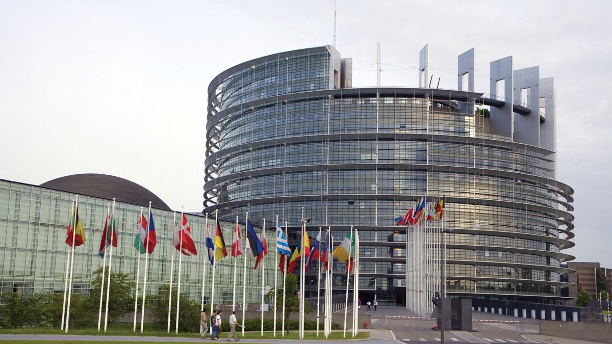 Европейският парламент ще обсъжда подслушванията в България в края на месец май