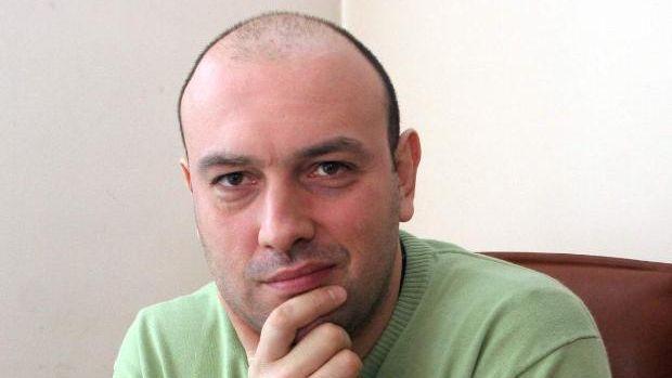 Политологът Димитър АВРАМОВ: Важно е да разберем какъв ще е подходът на Орешарски