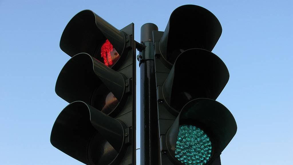 Нов светофар ще регулира възлово кръстовище в центъра на Стара Загора
