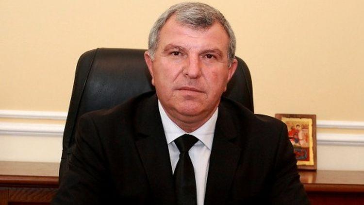Греков моли чуждите вериги да продават повече българска продукция