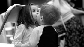 6 юли е Денят на целувката