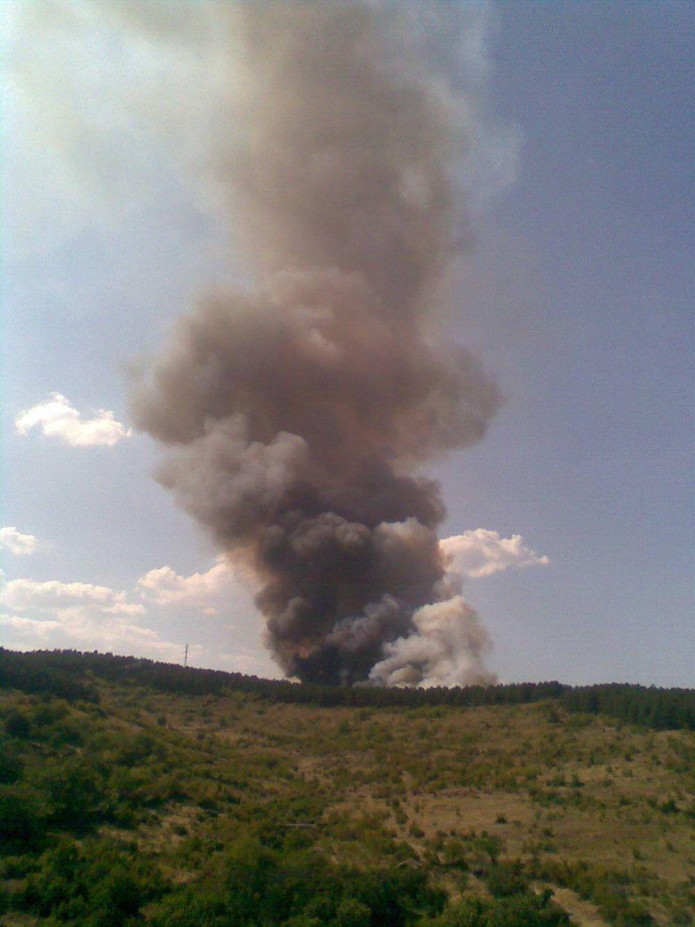 Пожар над Стара Загора, гори и училището в Тъжа