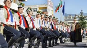 Конкурсът за коледарски песни в Ямбол