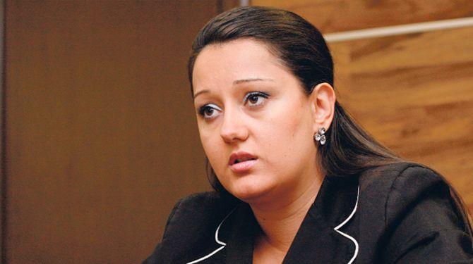 Лиляна Павлова ще се срещне с жители на общините Мъглиж, Гълъбово и Чирпан