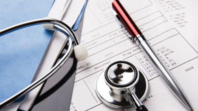 Управители на болници ще могат да лекуват пациенти