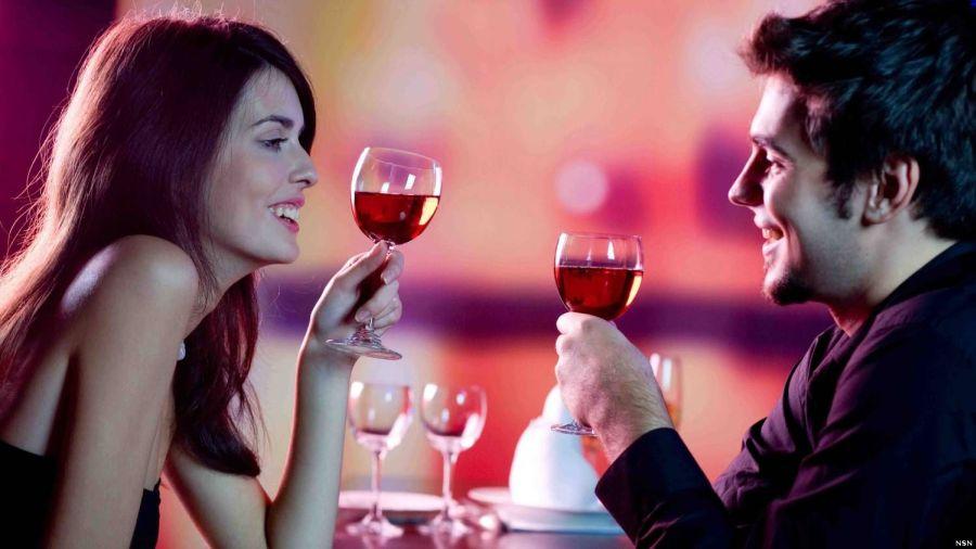 Щом двама влюбени вечерят на Св. Валентин, връзката им е сериозна