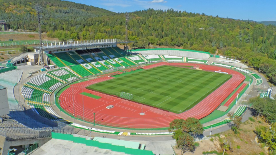 """Ограничават движението в района на стадион """"Берое"""" заради футболната среща"""