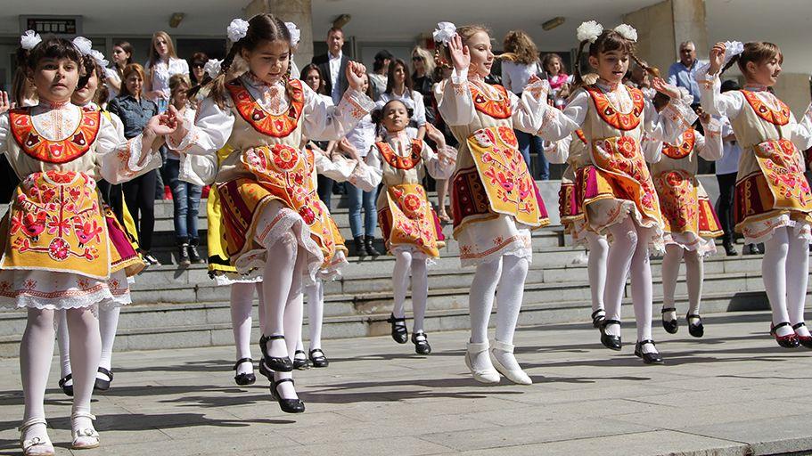 """Танцов фестивал """"Надиграване в Чирпан"""" на 27 и 28 юни"""
