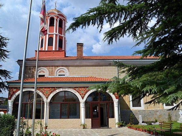 Камбаните в Казанлък бият едновременно в Деня на Съединението