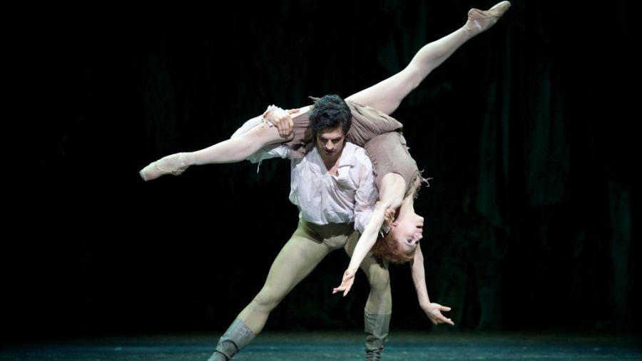 """Еротичен балет от """"Ковънт Гардън"""" в кино """"Арена"""""""