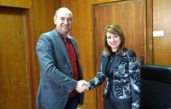 Кметът на Ямбол подписа първите договори за саниране на жилищни сгради