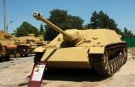 Немски танкове стават декор за възстановка на бойни действия