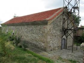 Храмът на селото