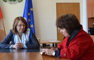 Кметът на Казанлък се срещна с новия директор на Института по розата