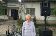 Древна жилка вдигна всички в Бенковски на великденско хоро