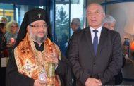 Благодатният огън пристигна у нас, делегацията бе водена от Старозагорския митрополит
