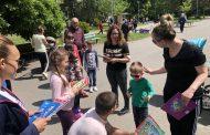 Кандидатът за евродепутат Николай Диков раздаде стотици детски книжки по повод седмицата на библиотеките