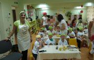 "Малчугани от Детска градина ""Българче"" майсториха здравословни блюда"