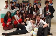Млади състезатели по дебати с престижна номинация за световните финали в САЩ
