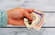Пенсионери с най-ниски доходи ще получат по 120 лева за храна през април