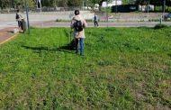 "Доброволци помагат за красотата на парк ""Артилерийски"""