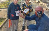 ВМРО подарява патриотични мартеници