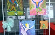 """Две училища подредиха изложба за """"Спящата красавица"""""""