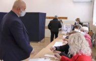 Маноил МАНЕВ: Гласувам за спокоен живот на всички българи