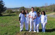 300 млади дръвчета засадиха студенти и служители на Тракийския университет