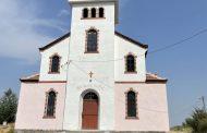 Арнаутито посрещна Голяма Богородица с обновен храм