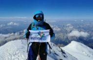 Мартин Петров покори най-високия връх в Европа в името на благотворителна кауза