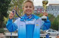 Звезда на плуването получи медали по математика в Стара Загора