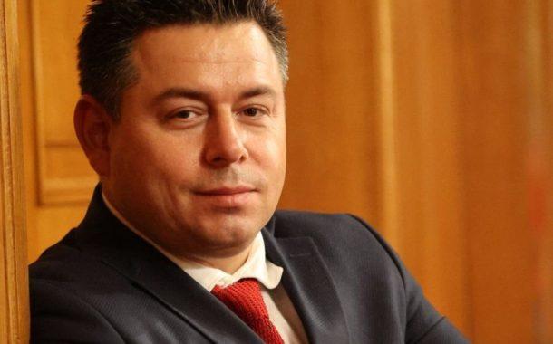 С популизъм и омраза няма да помогнат на България. Трябва държавност!